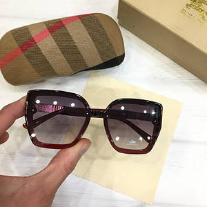 Женские солнцезащитные очки Burberry реплика красные