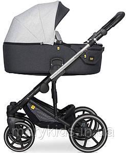 Детская универсальная коляска 3 в 1 Riko Exeo 01 Silver