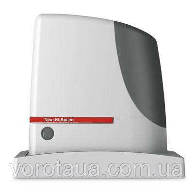 Высокоскоростной электромеханический привод RUN1200HS для откатных ворот массой до 1200 кг. и до 14м
