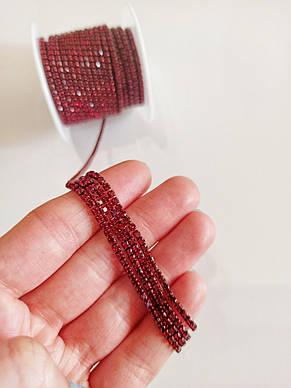 Стразовая цепочка плотная, цвет красный в красной оправе ss6 (2 mm) 1м., фото 2