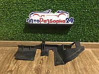 Дефлектор радиатора правый Skoda Superb Шкода Суперб 2009 - 2013, 3T0121284A