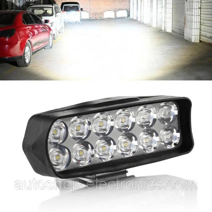 Яркая светодиодная LED Фара + Стробоскоп / Фонарь для авто, мотоцикла, скутера ( 12 LED, 12V, 18 Вт, 6500K )