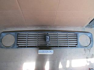№116 Б/у Решетка радиатора для VAZ NIVA 1977-2006