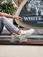 Кроссовки  женские Balenciaga Triple S. Модные женские кроссовки белого цвета. ТОП качество!!!Реплика.