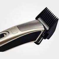 Машинка для стрижки и триммер для бороды GM 657 Gemei, фото 3