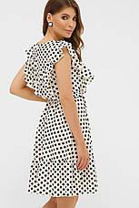 Коротке літнє плаття без рукавів з воланчиками біле в горошок, фото 3