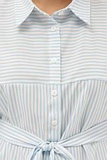 Легкое платье-рубашка ниже колен с карманами голубое в полосочку, фото 3