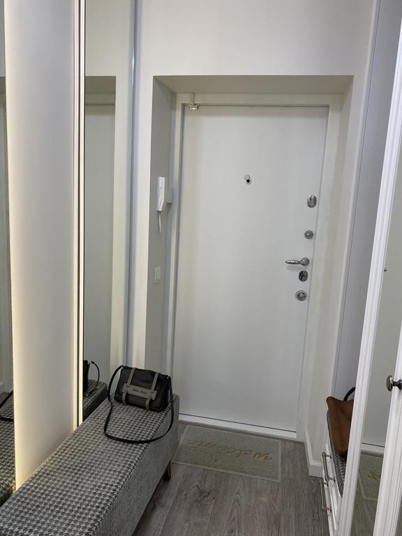 Двери межкомнатные + входные двери