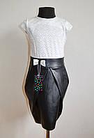 Нарядное школьное платье для девочек 6-10 лет с юбкой из эко-кожи