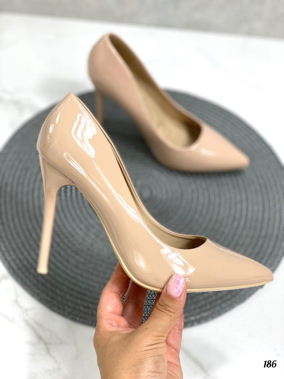 Туфли женские бежево- пудровые эко-лак на каблуке 10 см