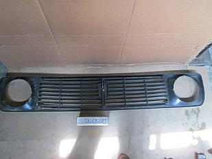 №117 Б/у Решетка радиатора для  VAZ NIVA 1977-2006
