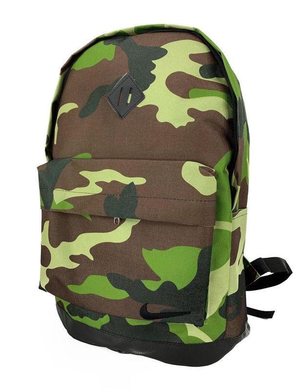 Рюкзак для чоловіків камуфляжний з дном з екошкіри