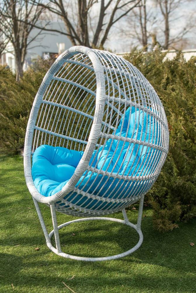 Кресло из ротанга Бонита. Украинские конструкции.