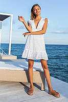 Повседневное платье с V-образным вырезом