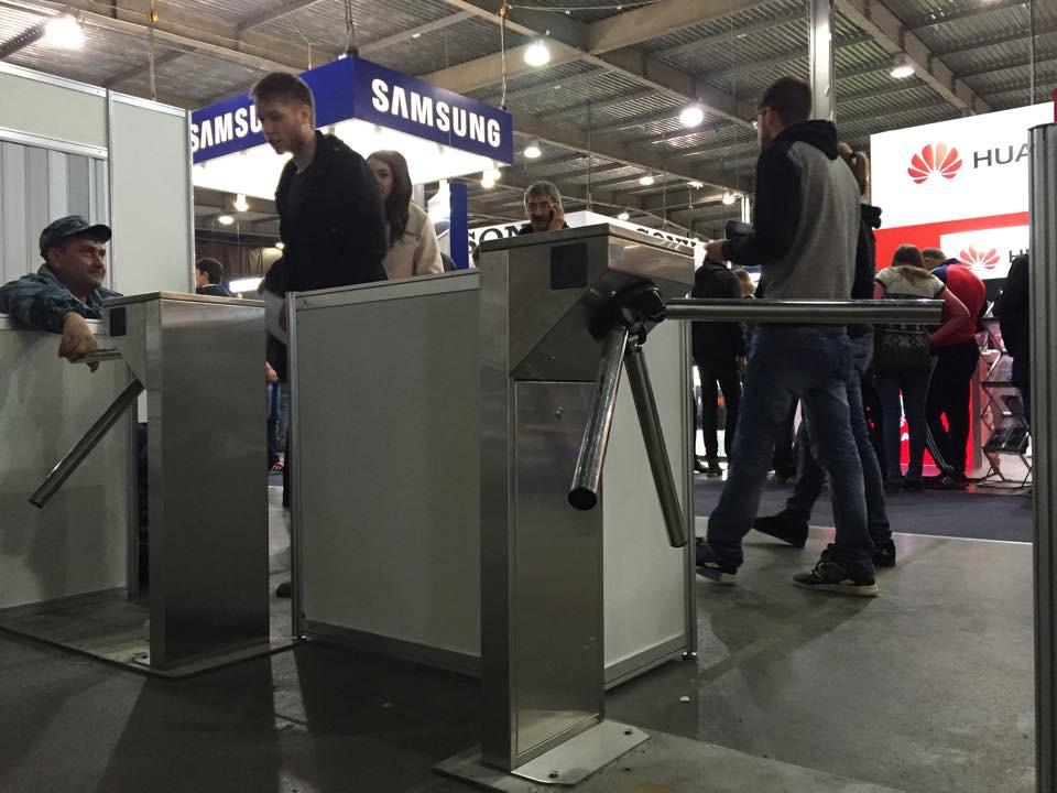 Выставка CEE 2015. Оренда мобильной пропускной системы. 3