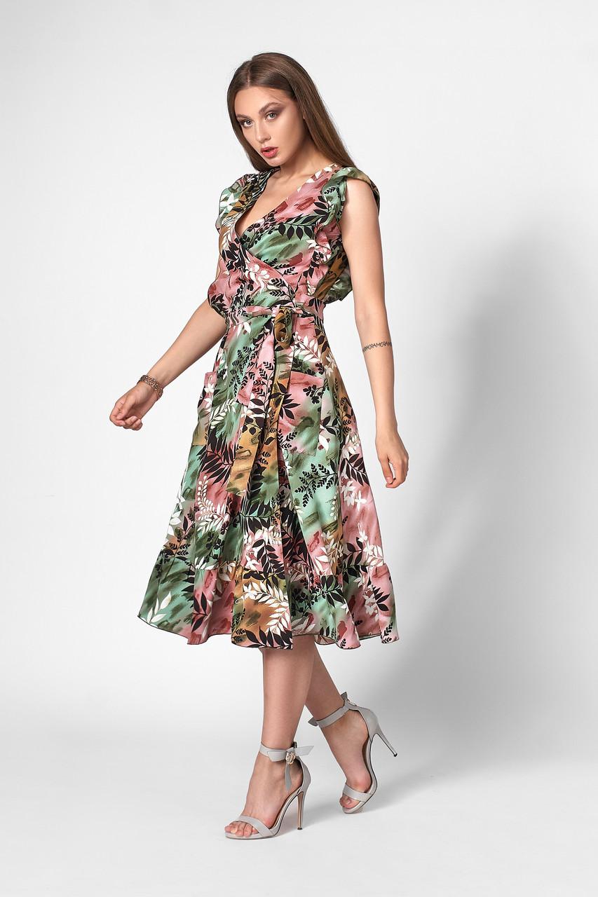 Літнє плаття з запахом зелене