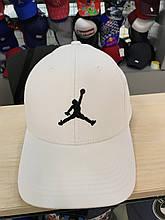 Кепка бейсболка чоловіча jordan