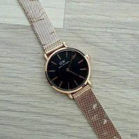 Стильные женские часы Daniel Wellington черные, золото 32 мм Gold-Black! Часы наручные для девушки, сестры!