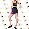 Женский спортивный комплект шорты с цветными ярко-розовыми вставками и топ черного цвета, фото 2