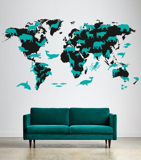 Наклейка на стену Карта мира с животными (карта мира из животных)