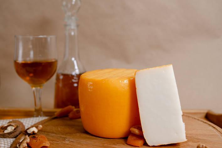 Zinka козиний сир напівтвердий молодий / головка 700g /, фото 2