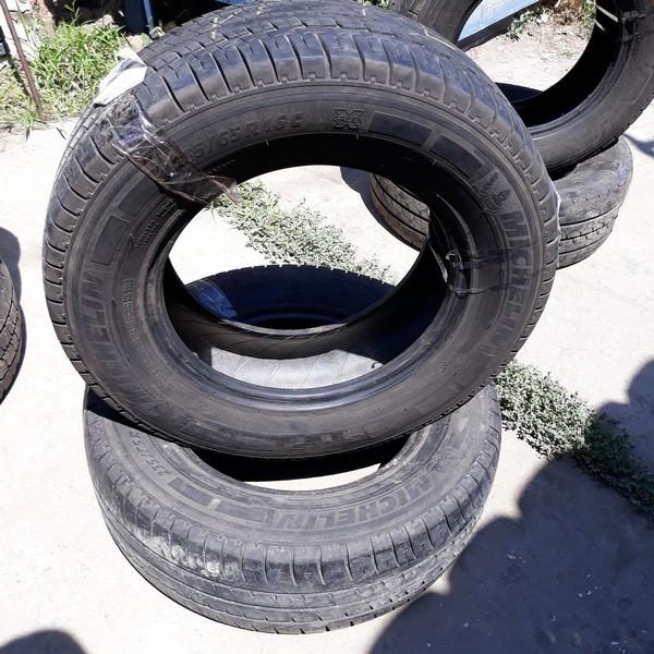 Почти Новые! Шины б.у. 235.65.r16с Michelin Agilis Мишлен. Резина бу для микроавтобусов. Автошина усиленная. Цешка