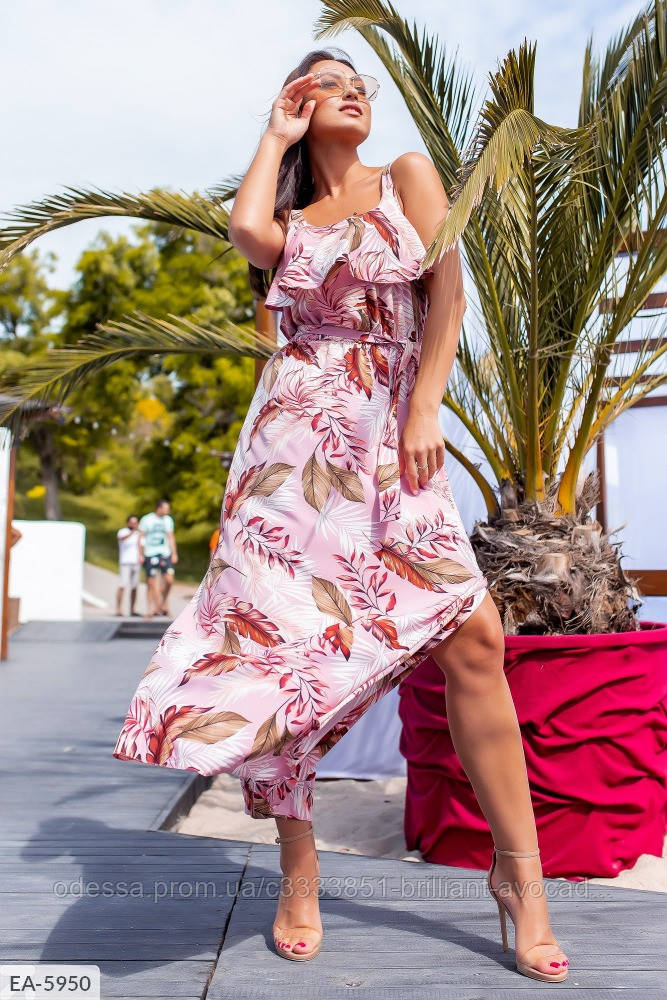 Летнее платье с цветочным принтом большого размера