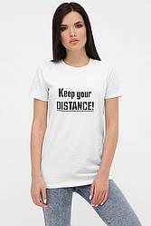 Женская белая футболка с коротким рукавом и надписью
