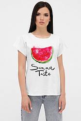 Женская футболка с удлиненным плечом и принтом Арбуз