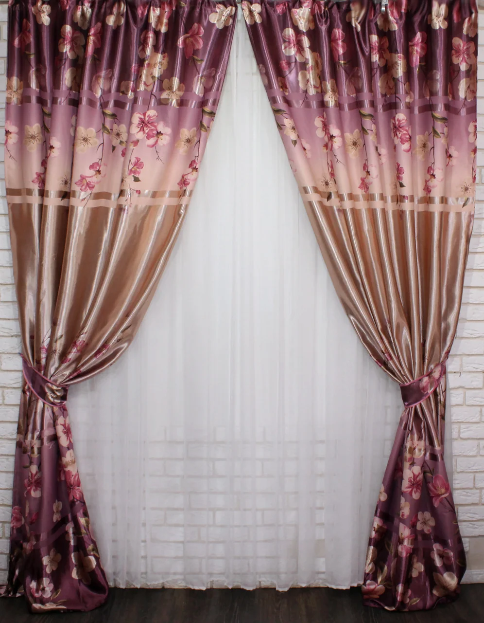 Модный комплект штор для гостинной фотошторы