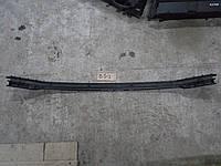 Направляющая кронштейн заднего бампера центр VW Passat B5 седан 2001 г.в., 3B5 807 863 D, 3B5807863D