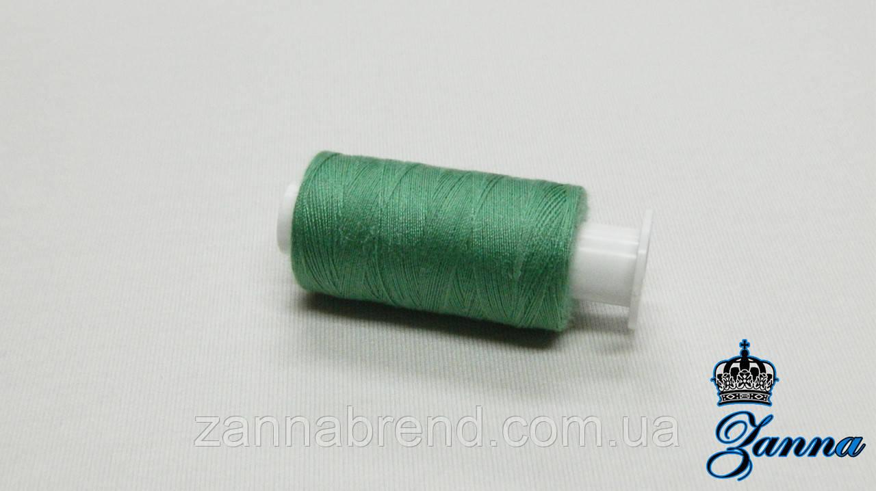 Катушка нити (400 ярдов) зеленого цвета