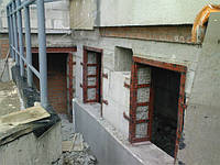 Алмазная резка оконных проемов в бетонных стенах
