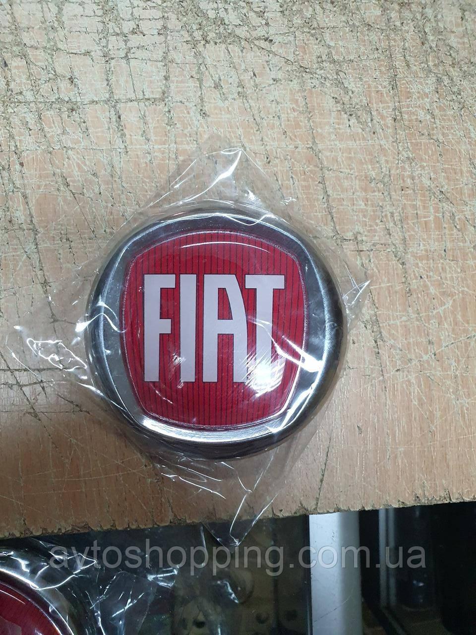 Емблема значок на капот, багажник Fiat Doblo, Фіат Добло 95 мм червоний