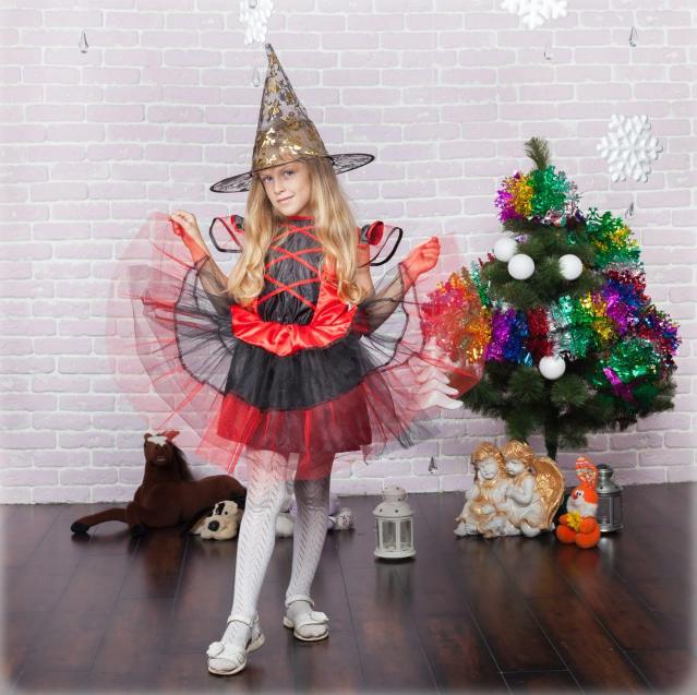 Карнавальний костюм Відьмочка на дівчинку 5-8 років