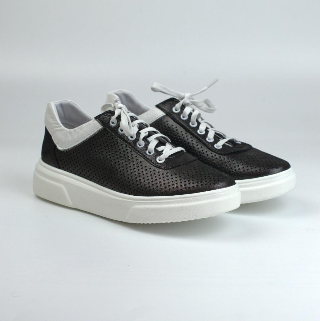 Кросівки-кеди чорні шкіряні літні перфорація жіноче взуття великих розмірів Rosso Avangard Mozza SlipBlackP