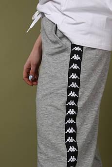 Штаны серые с чёрным лампасом Kappa M