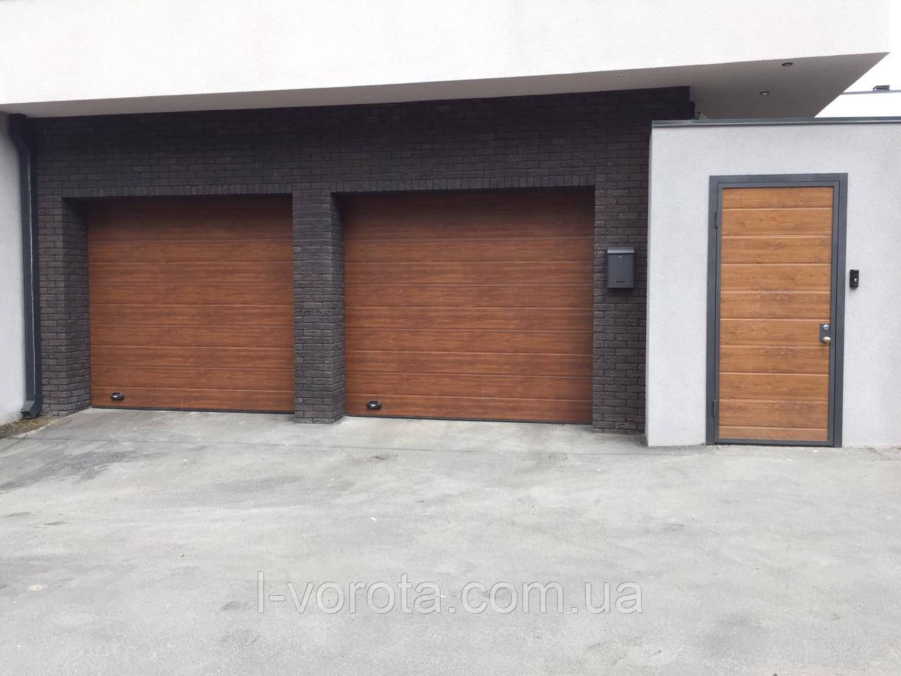 Гаражные ворота DoorHan (цвет золотой дуб)