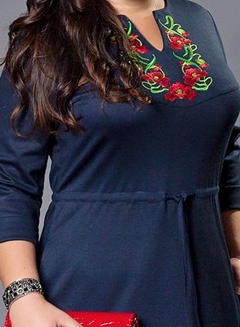 Женское платье вышиванка темно-синее большой размер, фото 2