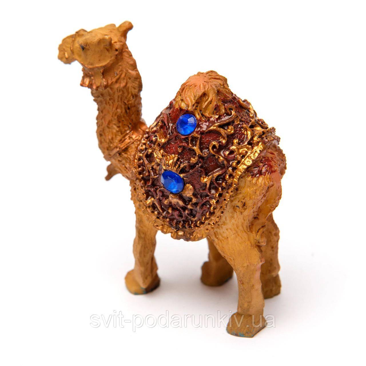верблюд фигурка