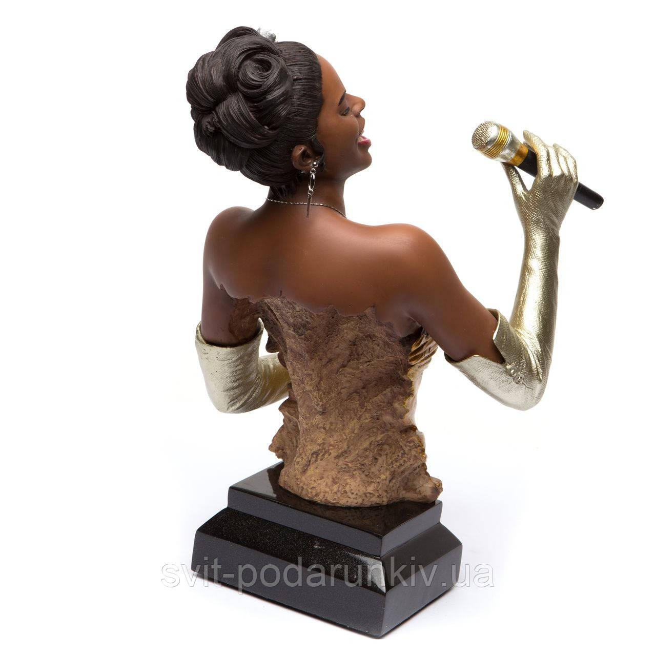 статуэтка певица