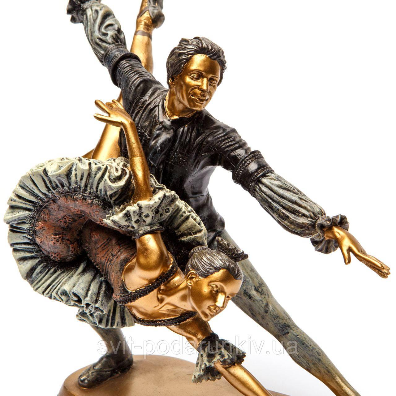 статуэтка балерина и балерун