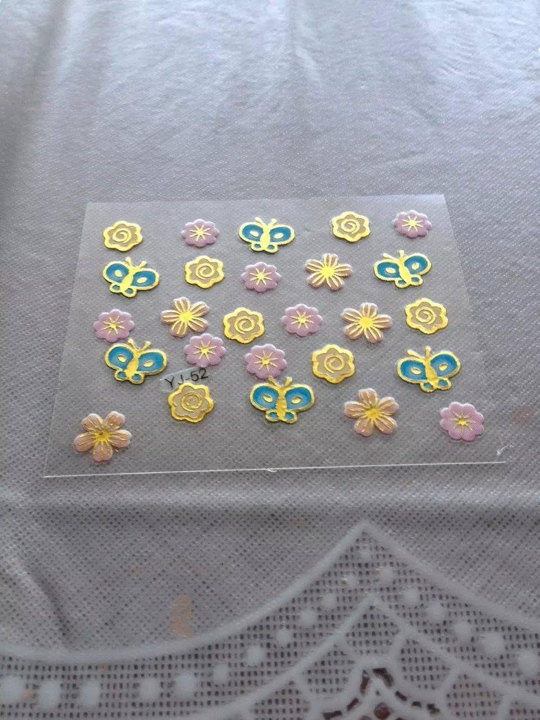 Наклейки на нігті 3Д метелики