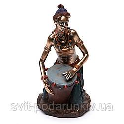 Статуэтка африканца  барабанщика 5241 C