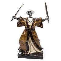 Статуэтка воин самурай с двумя катанами 3