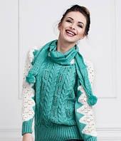 Молодежная вязаная кофта с красивым узором в комплекте с шарфиком