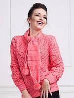 Модный молодежный свитер интересной вязки с шарфиком в комплекте
