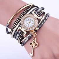 Стильные женские часы с браслетом