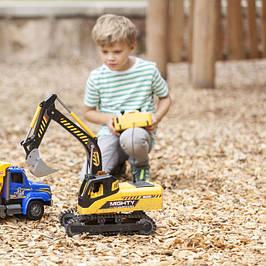 Радіокеровані іграшки (машинки,вертольоти,роботи,тощо)