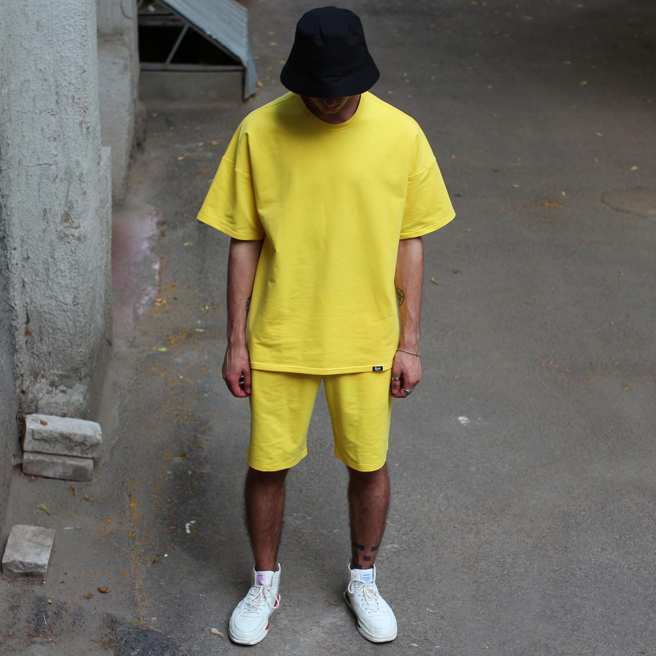 Летний комплект жёлтая футболка мужская Quil (Квин) и жёлтые шорты мужские Duncan (Дункан) TURWEAR